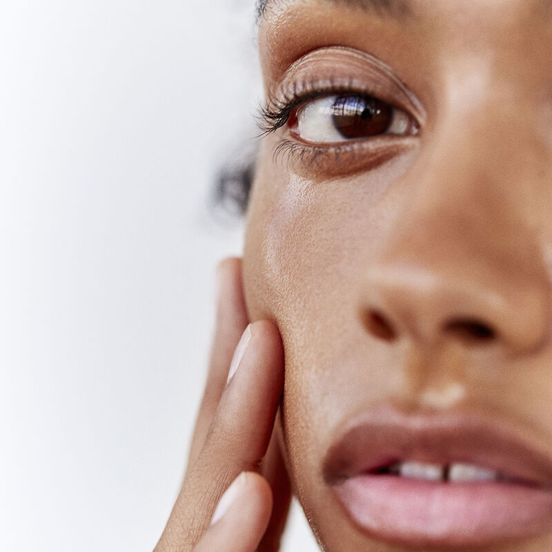 Black Tea Kombucha Facial Treatment Essence